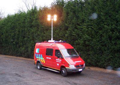 Système d'inclinaison de mât ROOF sur véhicule de secours