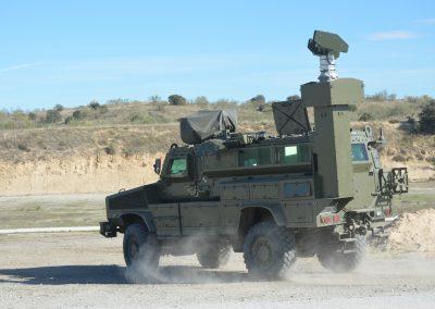 Mât militaire Mecmast électro-mécanique