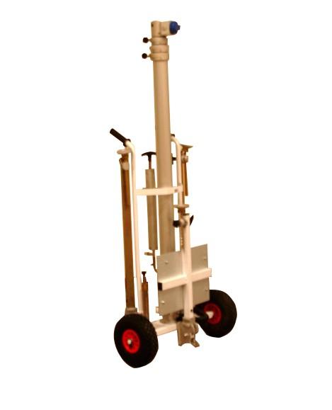 Transport facile sur roues du mât Kangourou