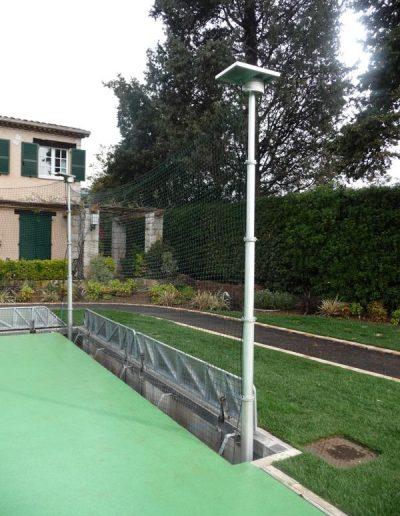 Mât télescopique pour terrain de tennis